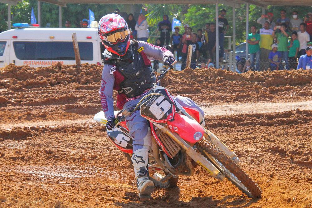 PenyuSukandotcom - FIM Asian Motocross Championship 2018 MX 2 - Takase Tanaka #6