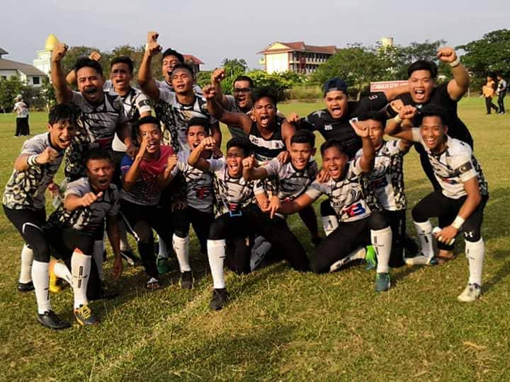 Pasukan ragbi Kolej Vokasional Wakaf Tembesu muncul juara di Kejohanan Vokasional Teknik (VOKTEK 7s) 2018. Kredit Foto - Zulkarnain Mohd Zawawi