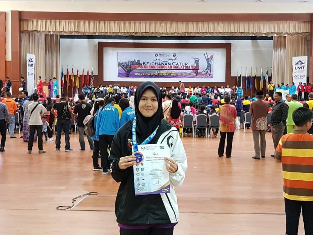 Pelajar SMK Mak Lagam, Kemaman; Zarith Sofea binti Zaidi mewakili negeri Terengganu dalam Kejohananan Catur Majlis Sukan Sekolah Malaysia (MSSM) 2018. Kredit Foto - Cikgu Rohaiza Abdullah/MSSM Terengganu