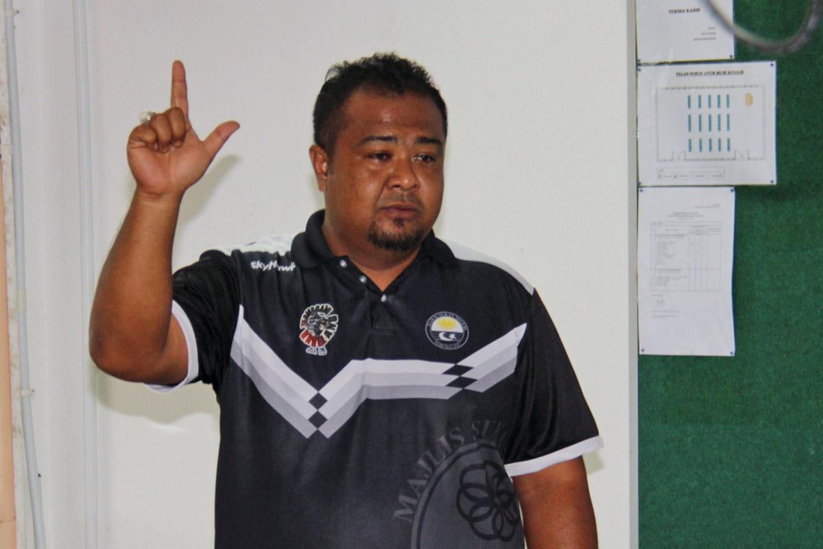 Enche Mohd Amirulmukminin bin Sulaiman adalah pengurus pasukan ragbi lelaki Persatuan Ragbi Negeri Terengganu yang membawa cabaran dalam temasya Sukan Malaysia(SUKMA) Perak 2018. Kredit Foto - PenyuSukan.com