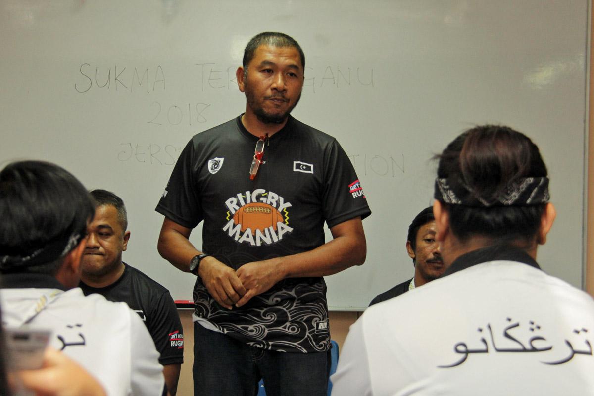 Encik Che Mohd Zulkarnain atau lebih mesra dikenali dengan panggil Che Latt menyandang jawatan Timbalan Yang Dipertua Persatuan Ragbi Negeri Terengganu dan juga selaku pengurus pasukan ragbi wanita negeri ini dalam . Kredit Foto - PenyuSukan.com