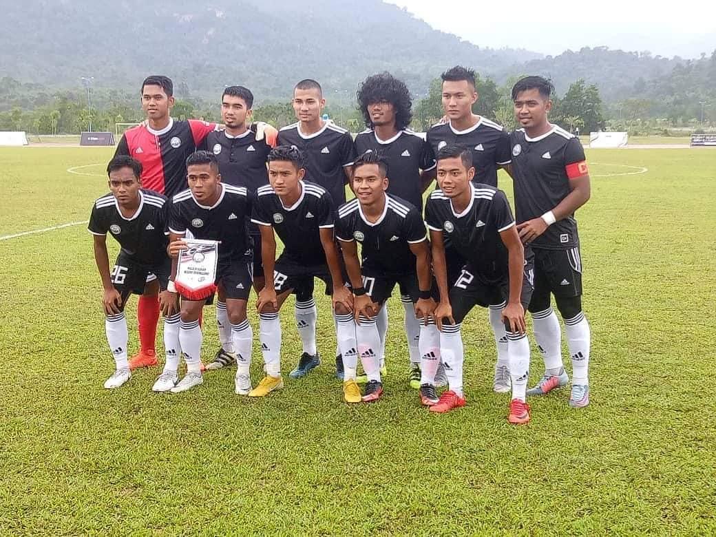 Pasukan bola sepak Terengganu Hanelang telah diundi untuk beraksi dalam kumpulan B bersama pasukan Johor dan Wilayah Persekutuan di pentas Sukan Malaysia(SUKMA) Perak 2018 ini. Kredit Foto - Instagram.com/terengganufc_