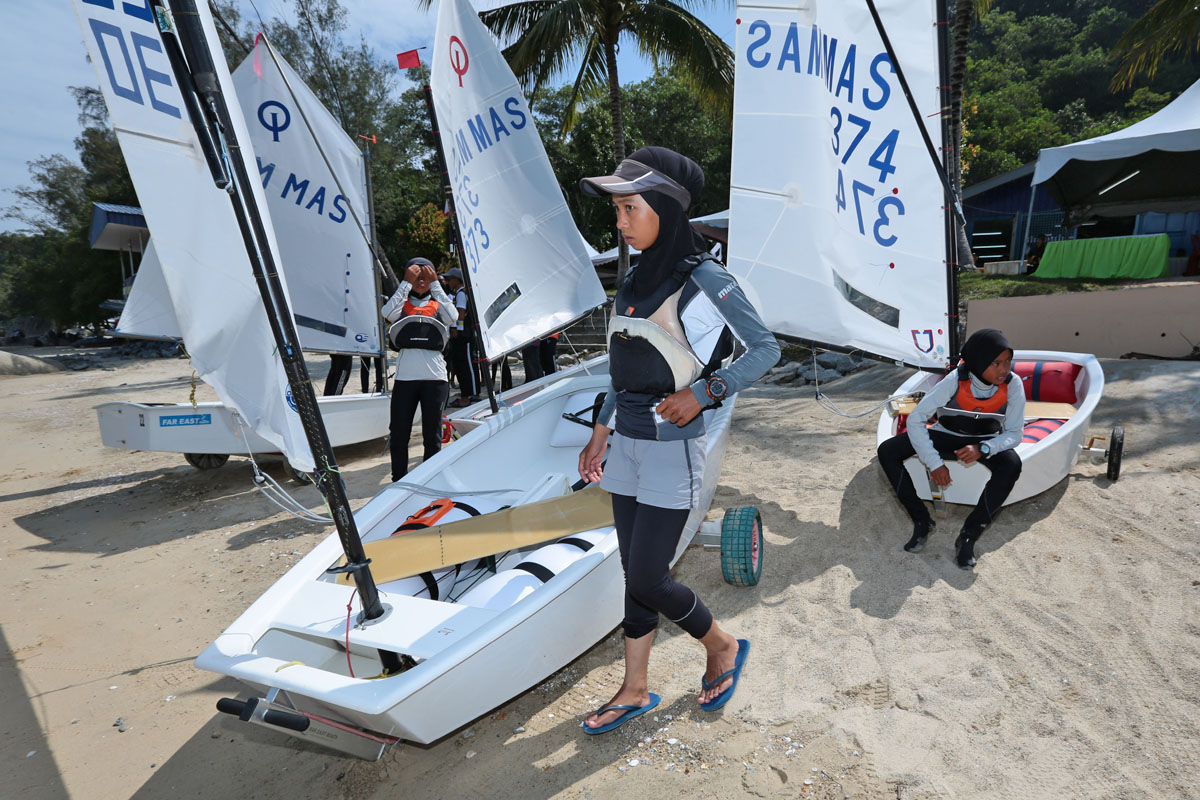 Pencarian bakat muda pelayar perempuan menjadi keutamaan untuk kelas bot Optimist memandangkan ketandusan atlet perempuan di negeri Terengganu. Kredit Foto - Sekretariat SUKMA Perak 2018