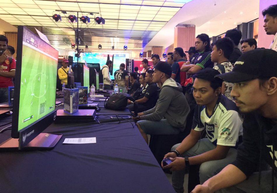 Kejohanan Selangor Cyber Games 2018 yang telah berlansung pada 27 dan 28 Oktober 2018 bertempat di Empire City, Petaling Jaya. Kredit Foto – Facebook.com/esmterengganu
