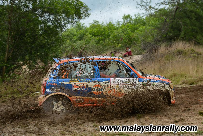 Ezamin Ezham Ismail bersama Amirul Zahri Sazali dari pasukan One Motorsports BDRT merupakan pencabar tunggal mempertaruhkan jentera Perodua Kelisa dalam kategori P9 untuk pacuan 4 roda(4WD) bagi Kejuaraan Rali Terengganu 2018. Kredit Foto - MalaysianRally.com