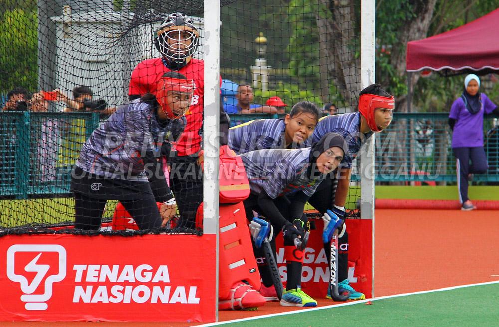 Pasukan PDRM Blue Warriors antara pasukan pilihan untuk musim Liga Hoki Wanita Malaysia 2019 tewas kepada Pasukan Hoki Wanita Terengganu(TLHT) setelah hadir sebagai pasukan pelawat di Stadium Hoki Batu Buruk, Kuala Terengganu pada 17 Januari 2019. Kredit Foto - PenyuSukan.com