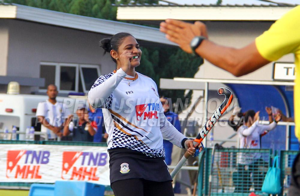 Gol pukulan sudut penalti di minit ke-52 yang disempurnakan oleh pemain import dari India; Jaspreet Kaur sekaligus menjadi gol terakhir tuan rumah untuk menewaskan pasukan PKS Uniten berkesudahan 3-2 bertempat di Stadium Hoki Batu Buruk, Kuala Terengganu pada 24 Januari 2019. Kredit Foto - PenyuSukan.com