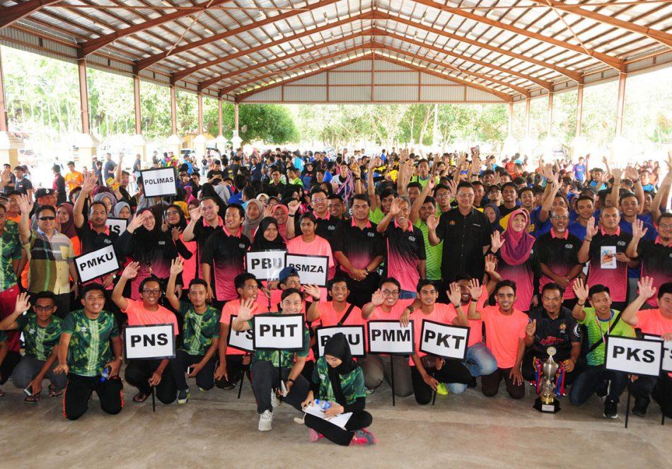 Sebanyak 26 kontijen mewakili politeknik-politeknik seluruh Malaysia melibatkan 750 orang atlet telah berentap sepanjang kejohanan Karnival Sukan Pantai dan Indoor Games Politeknik Malaysia 2018. Kredit Foto - https://www.flickr.com/photos/polikualaterengganu